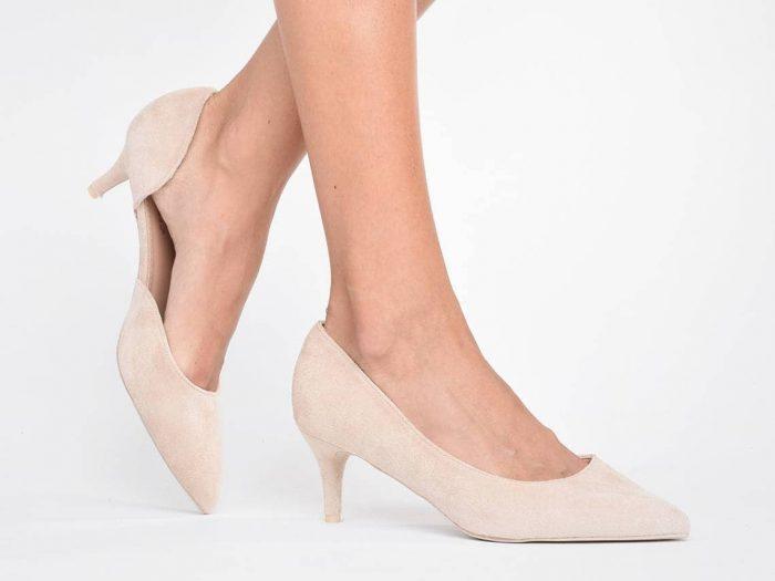 törpesarkú cipő